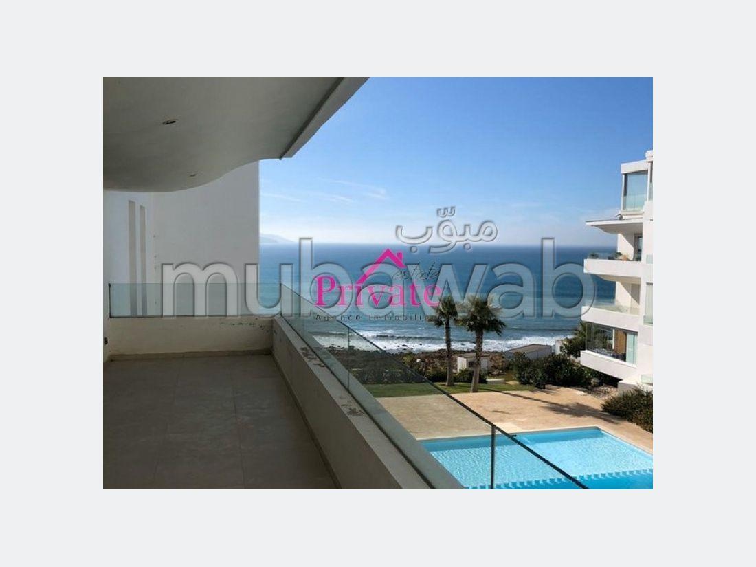 شقة للبيع بملابطا. المساحة الكلية 120 م². موقف سيارات ومصعد.