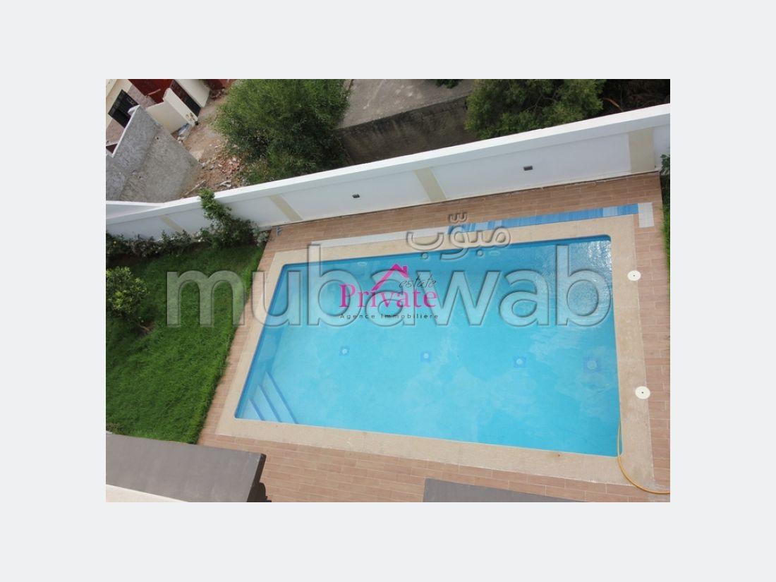 منزل ممتاز للبيع ب مديونة. المساحة الإجمالية 820 م². إطلالة بحرية ، التدفئة المركزية.