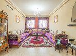 شقة رائعة للبيع بمراكش. 2 غرف ممتازة. صالون مغربي نموذجي ، إقامة آمنة.