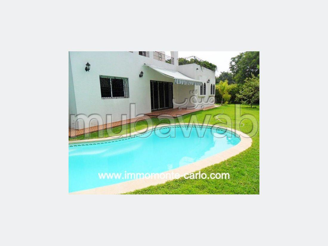 Villa avec piscine à louer à Hay Riad RABAT