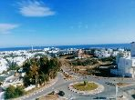 Sell apartment in El Kantaoui. Small area 130 m². Quiet sorroundings with sea view and double glazing.
