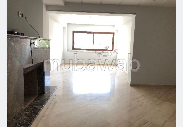 Appartement à louer à Palmier. 3 chambres. Avec garage et ascenseur