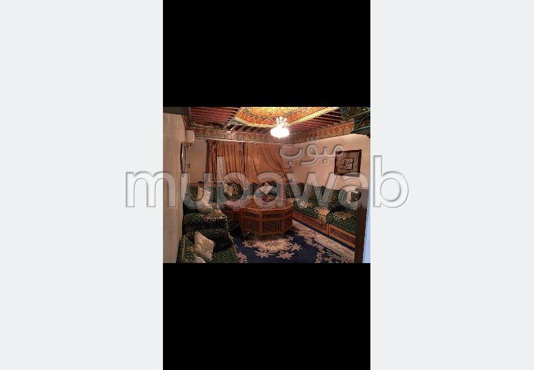 Flat for rent. 1 Living area. Storage unit.