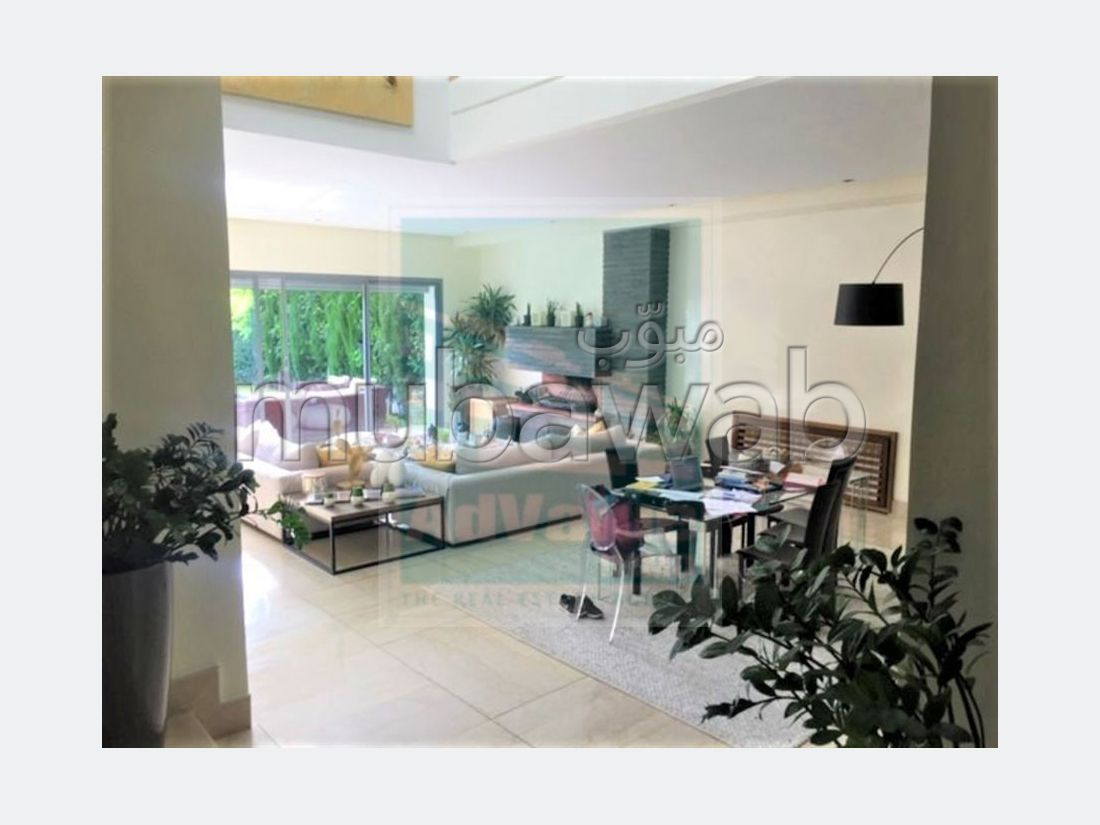 DV. 598: Superbe villa avec piscine à Aïn Diab: