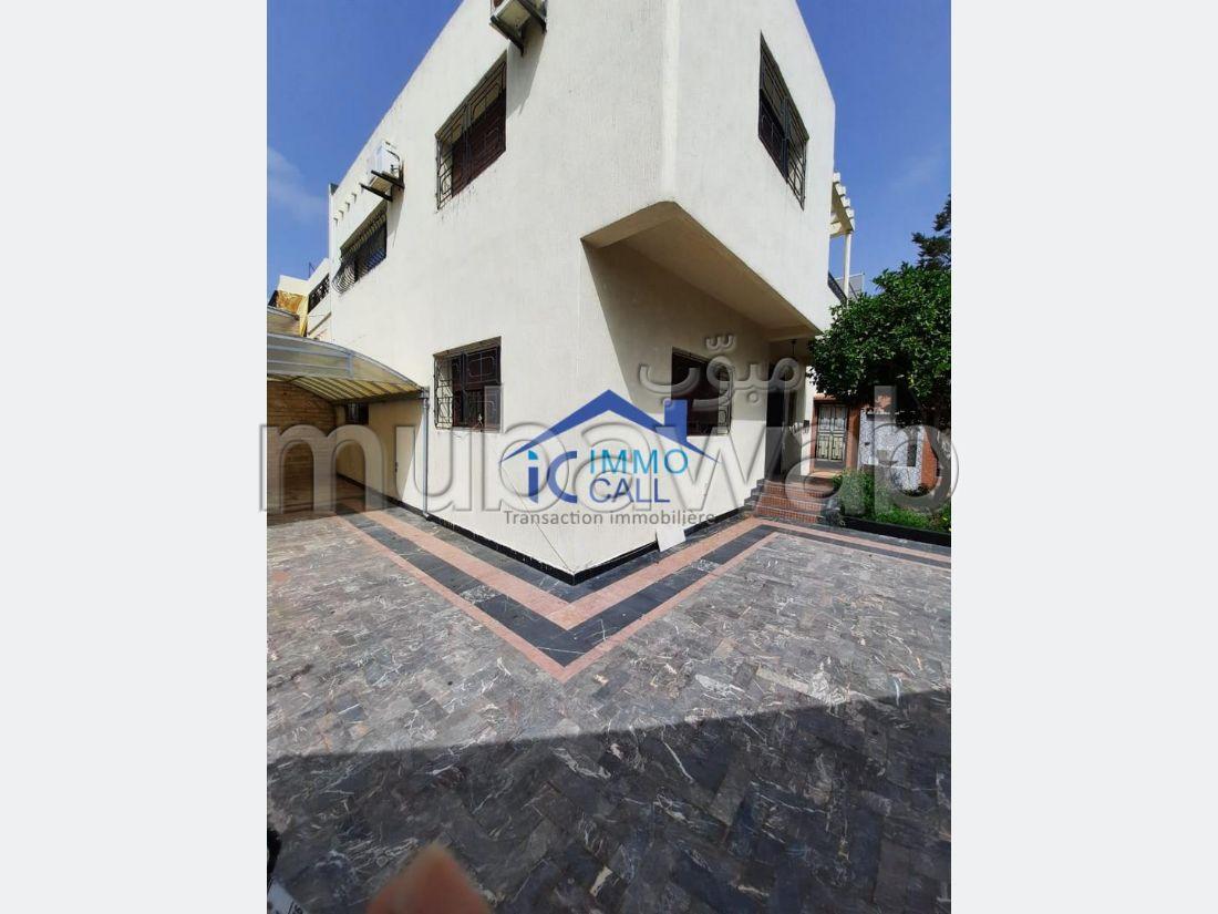 EN LOCATION Villa usage bureau en location à Hay Riad