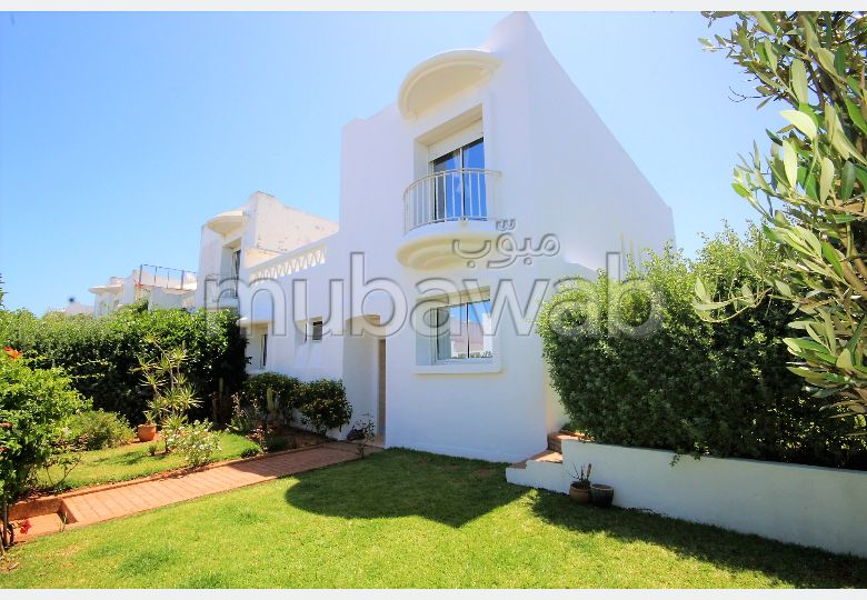 Vend villa moderne 4ch, piscine, jardin a400 m plage