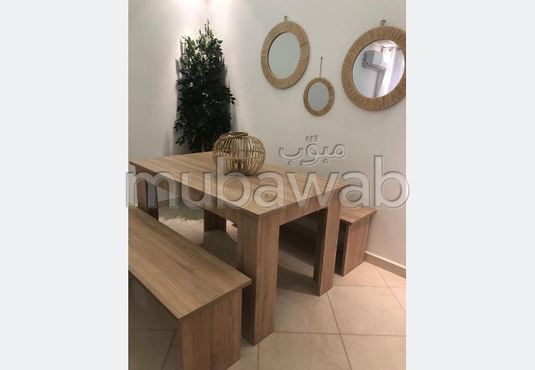 Flat for rent. Area of 85 m². Furnished.