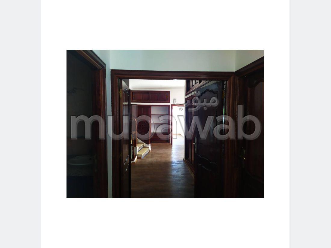 Villa location usage bureau a Hay riad Rabat