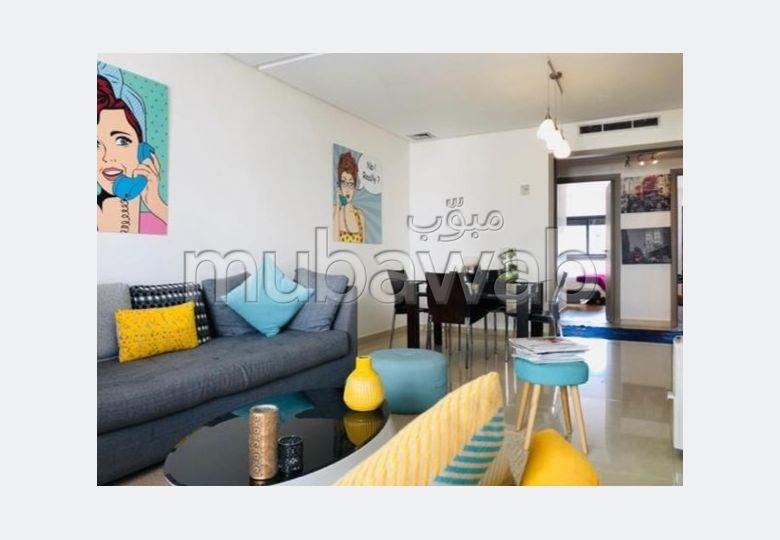 Bel appartement à vendre à Racine. Surface totale 100 m². Avec garage et ascenseur