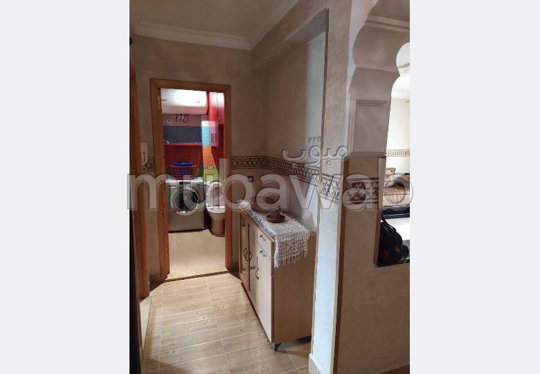 شقة رائعة للإيجار بطنجة. 2 غرف. مفروشة.