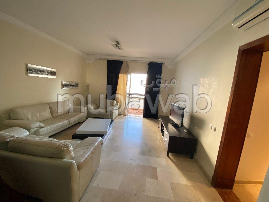 استئجار شقة بأكادير. المساحة الإجمالية 130 م². مفروشة.
