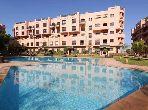 Joli appartement ds une résidence avec piscine Gueliz