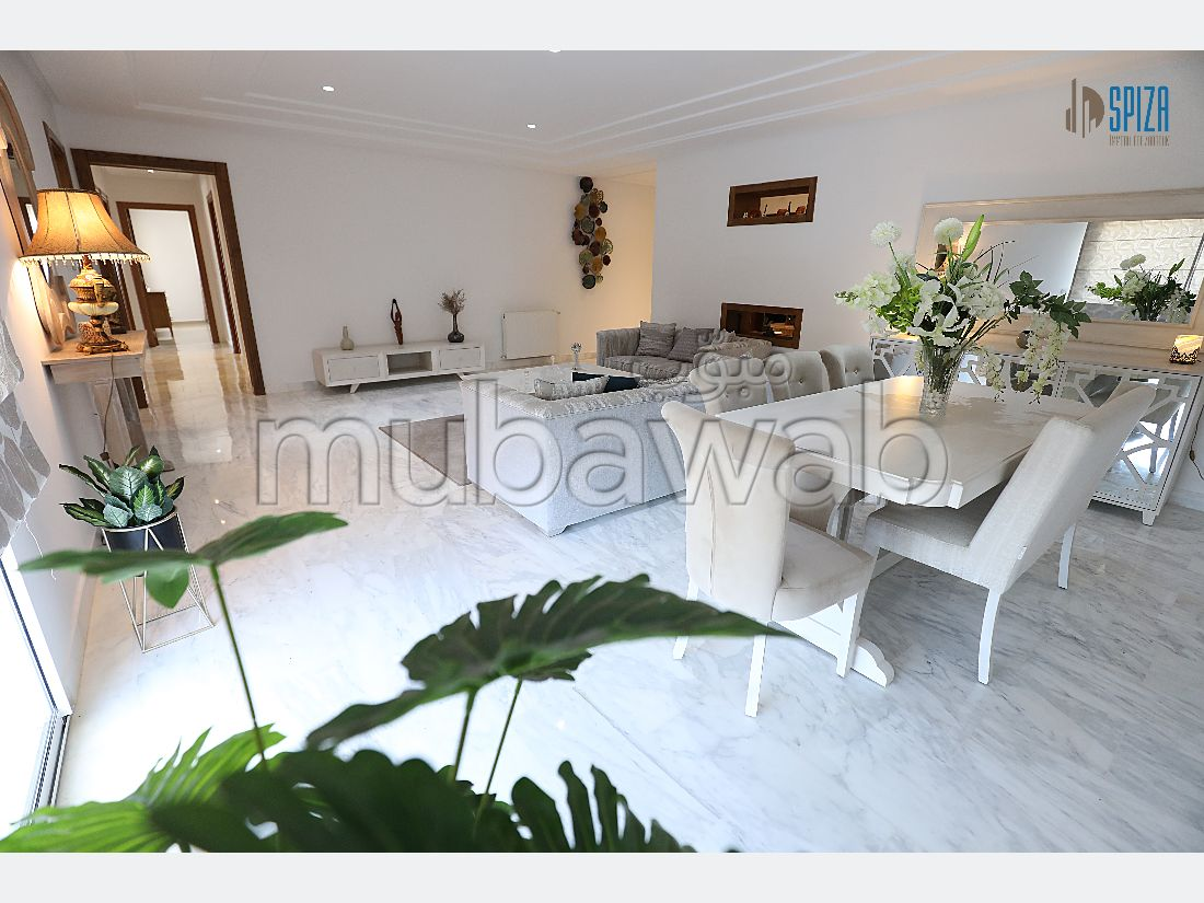 Apartment to purchase in El Kantaoui. Large area 195 m². Private garden, No Lift.