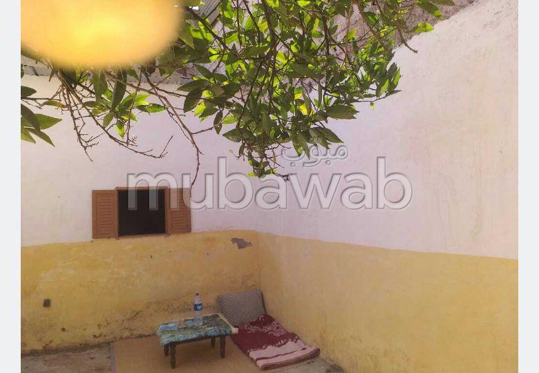 Maison à la vente à Dar Bouazza. 3 chambres agréables.