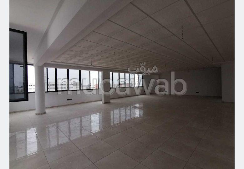 Bureaux à l'achat à Agadir. Surface de 91 m².