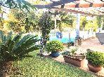 Magnifique villa à vendre à Casablanca. 4 chambres. Tout confort avec piscine et cheminée.