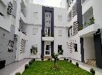 Apartment for sale in Cité Ennasr 2. 2 Master bedroom. Quiet sorroundings with mountain view, Secured door.