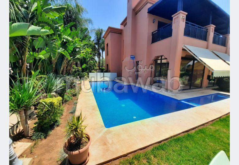 Luxueuse Villa meublé au Golf Royal Benslimane