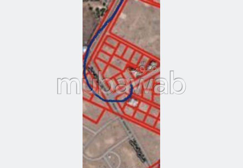 أرض رائعة للبيع بأكدال. المساحة الكلية 2170.0 م².