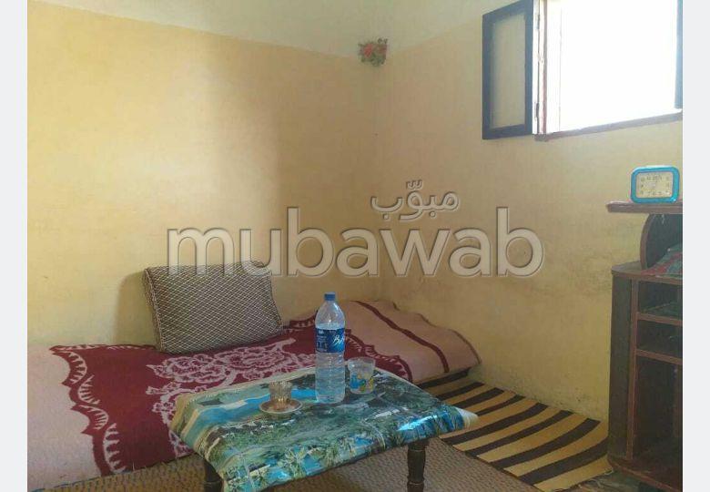 Vente maison à Dar Bouazza. 2 grandes pièces.