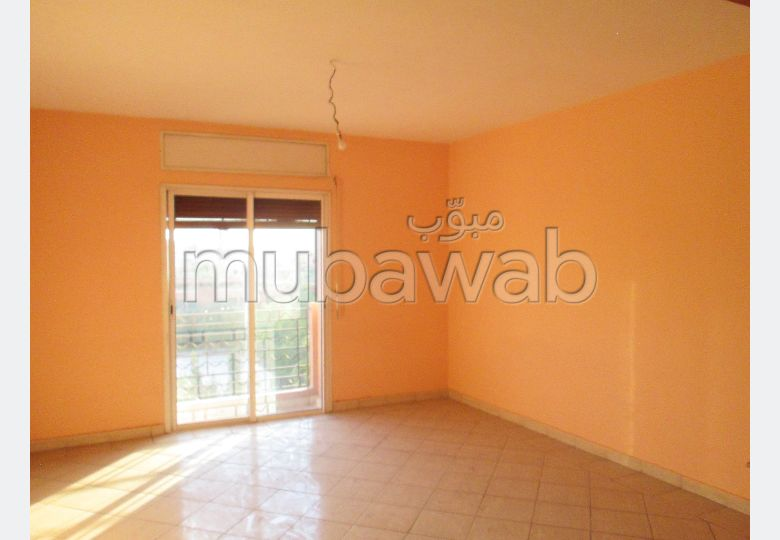 Find an apartment for rent in Daoudiat. Surface area 100 m².