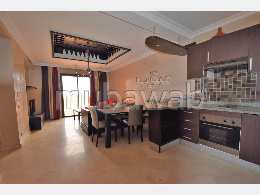 Precioso piso en alquiler. Gran superficie 100.0 m². Amueblado.