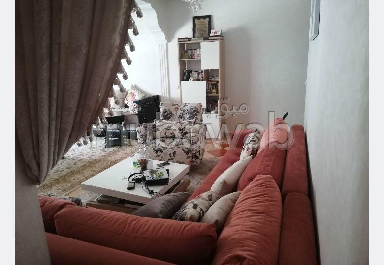 Vend appartement à Kénitra. 4 pièces. Antenne parabolique, résidence sécurisée