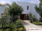 Beaux bureaux à louer à Rabat. 10 pièces confortables. Belle terrasse et jardin