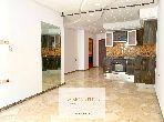شقة جميلة للبيع بالمعاريف امتداد. 2 قطع. تتوفر الإقامة على خدمة الكونسياج ونظام تكييف الهواء.
