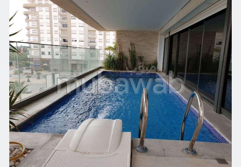 Appartement avec piscine au lac 2