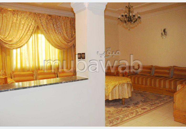 شقة للبيع من 186 متر مربع قرب ساحة الثران طنجة