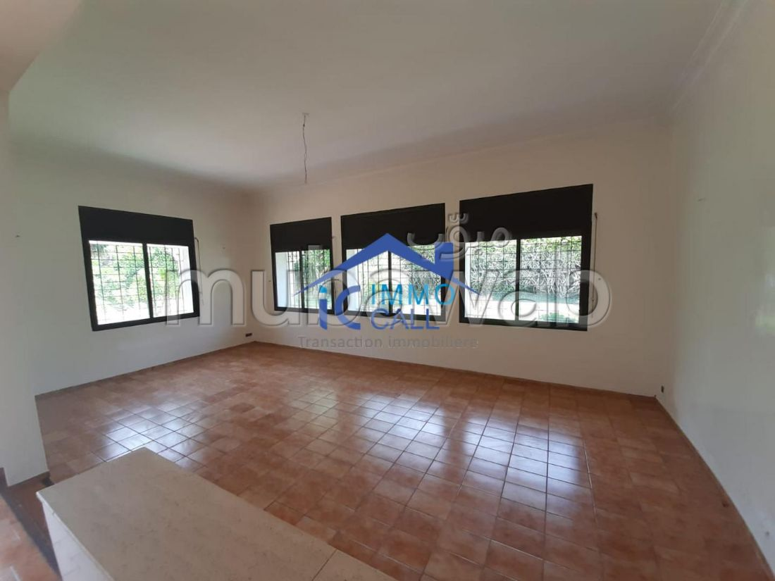à LOUER Villa usage bureau 2000 m² à Souissi