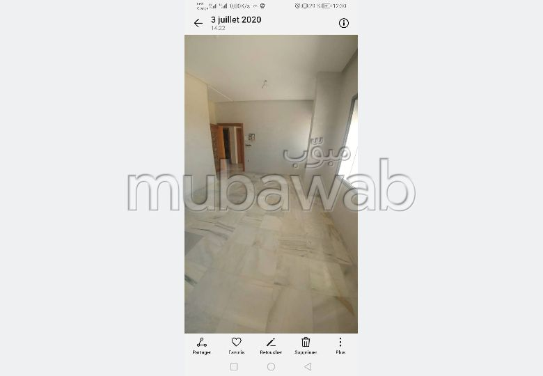 Sale of a lovely apartment. Area 65.0 m². Lift and parking.