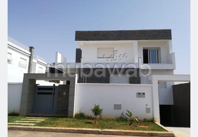 Villa de haute standing à Kénitra surface tot 580m
