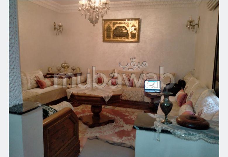 Appartement en location à Marrakech. 5 chambres agréables. Espaces verts et ascenseur