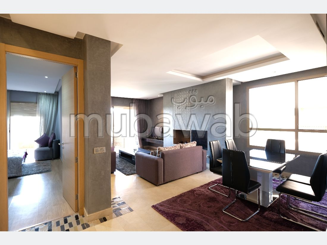 شقة رائعة للبيع بكليز. المساحة 120 م². حديقة وشرفة.