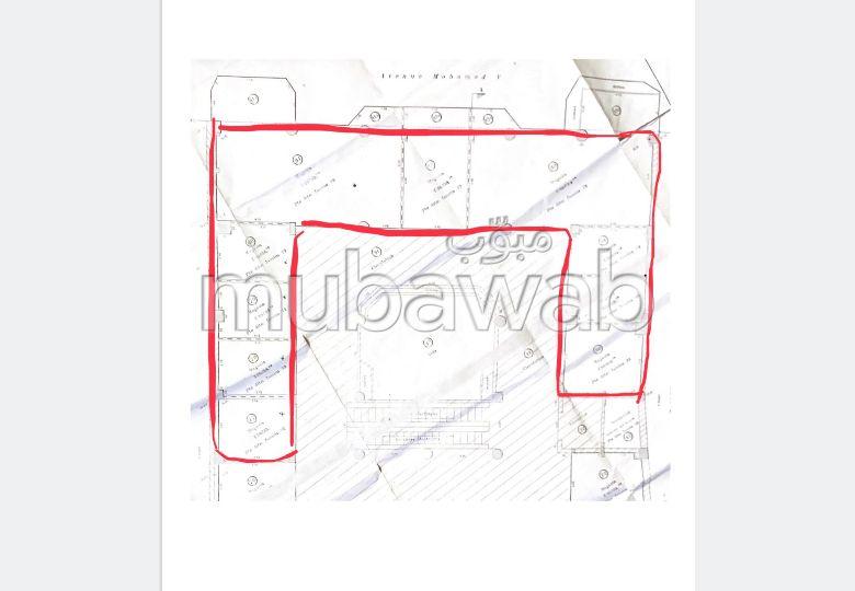 عقارات تجارية للبيع بمراكش. المساحة الكلية 258.0 م². زجاج مزدوج.