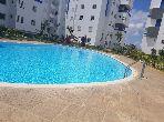 Vend appartement à Bouznika. Superficie 64.0 m². Porte blindée, salon marocain.