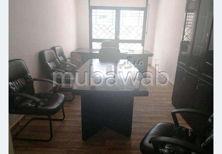 Appartement RDC usage bureau en location à Hay Riad