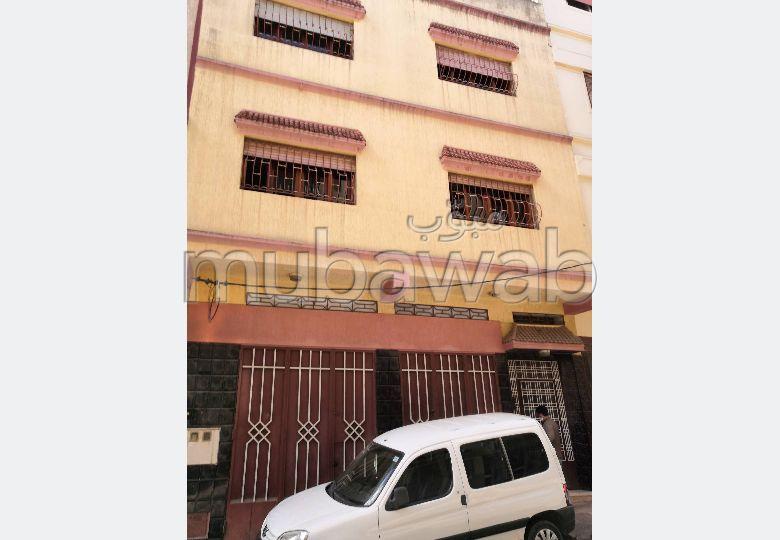 Maison à vendre à Tanger : 8 pièces (4 chambres+4 salons)