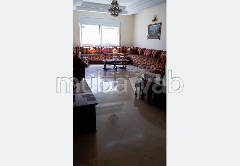 Find an apartment to buy. 4 lovely rooms. Traditional living room and satellite dish system.
