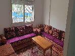 شقة رائعة للبيع ببوسكورة. المساحة الإجمالية 45 م². صالة مغربية وصحن فضائي.