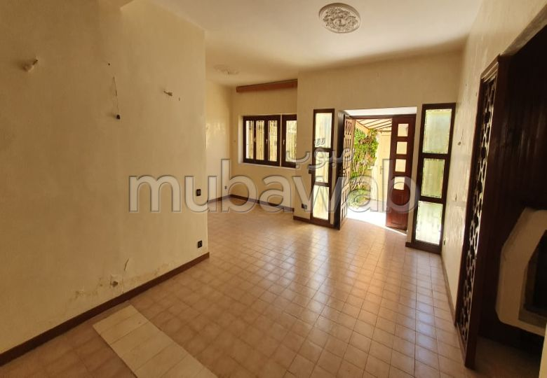 Villa à rafraichir en vente sur Aïn Diab
