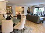 شقة للشراء بالدارالبيضاء. 4 غرف. المدفأة وخدمة حارس الإقامة.