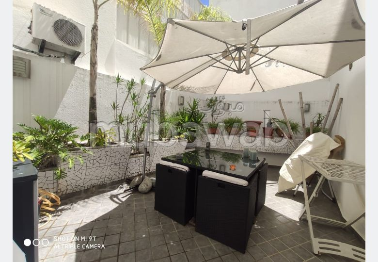 Location d'un appartement à Gauthier. Surface totale 140.0 m². Avec ascenseur et terrasse