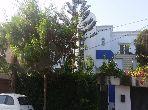 Magnifique villa à vendre à Bouskoura. 6 chambres. Salon traditionnel, antenne parabolique générale