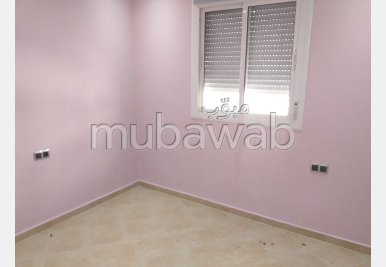 Fabulous apartment for sale. 5 living areas. Typical Moroccan living room, secured residence.
