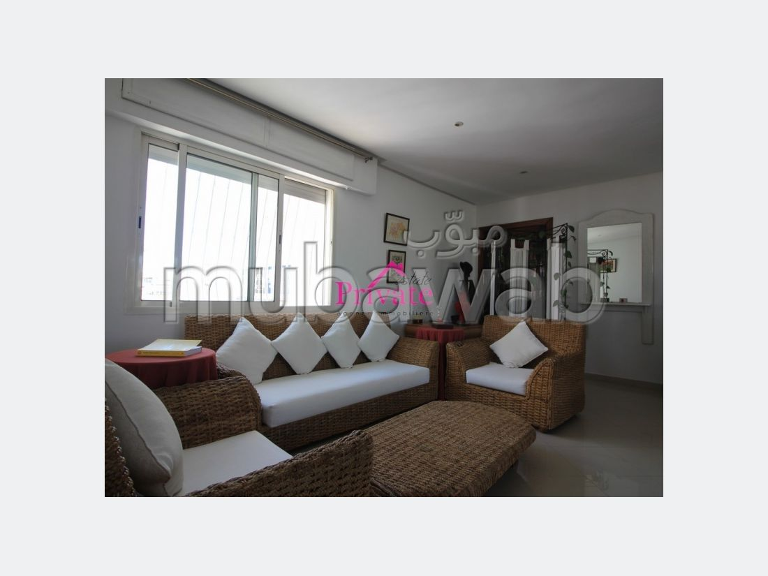 شقة للشراء ب طنجة سيتي سنتر. 3 غرف ممتازة. إقامة مراقبة 24/24.