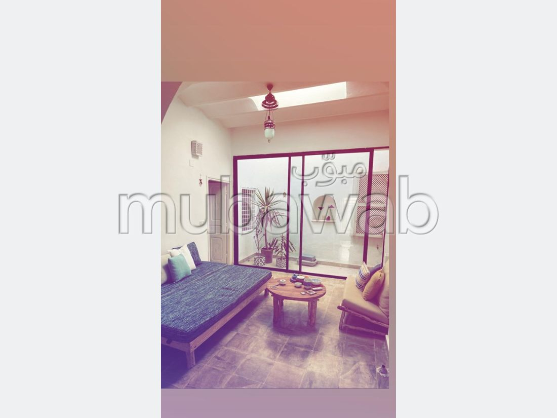 Very nice apartment for rent. Area of 80 m². Well furnished.