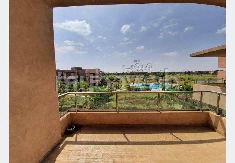 شقة جميلة للكراء بمراكش. المساحة 96.0 م². مسبح.